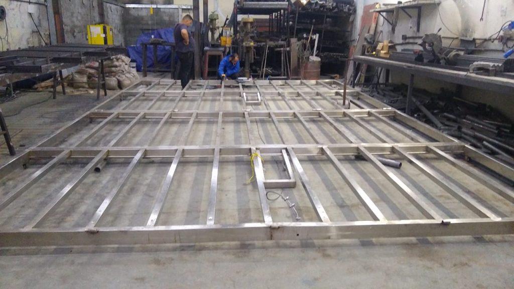 Deck Vertical Bi - partido Automatizado